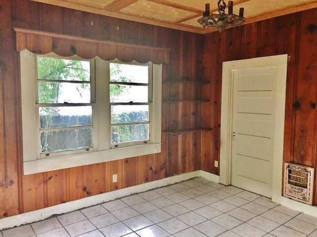 Kitchen featured at 428 Howe St, McComb, MS 39648