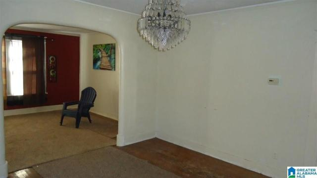 Bedroom featured at 2118 Woodland Ave, Anniston, AL 36207