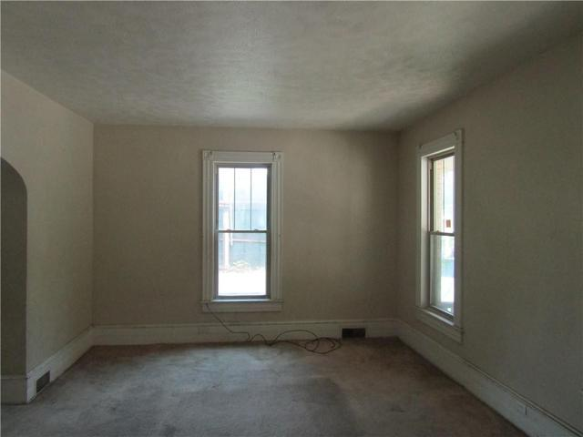 Bedroom featured at 1202 Franklin St, Johnstown, PA 15905