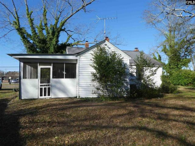 House view featured at 106 W Columbia Ave, Batesburg, SC 29006