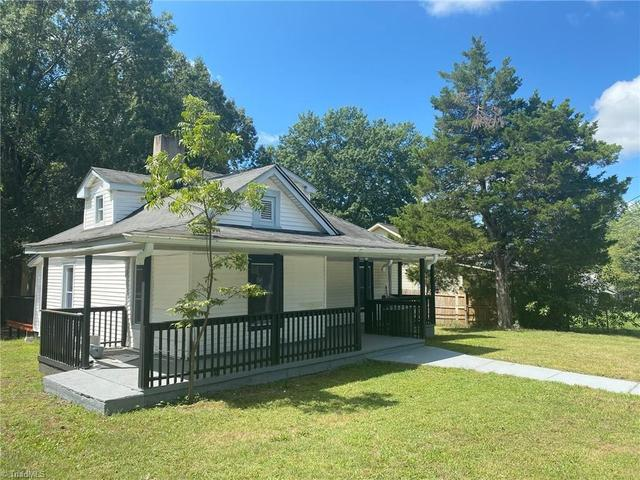 House view featured at 1318 Franklin Ave, High Point, NC 27260