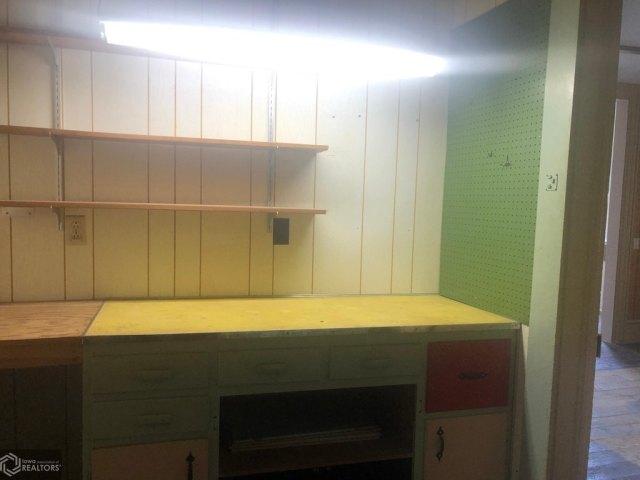 Kitchen featured at 607 N Washington St, Bloomfield, IA 52537