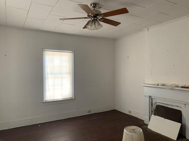 Bedroom featured at 637 Carthage St, Cameron, NC 28326