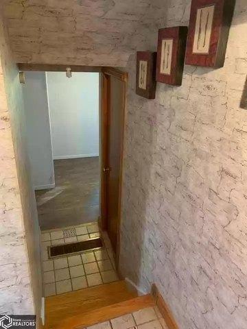Bathroom featured at 1922 Franklin St, Keokuk, IA 52632