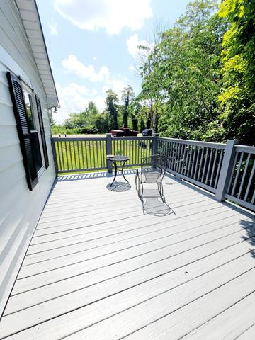 Porch featured at 4128 Skeetrock Rd, Clintwood, VA 24228