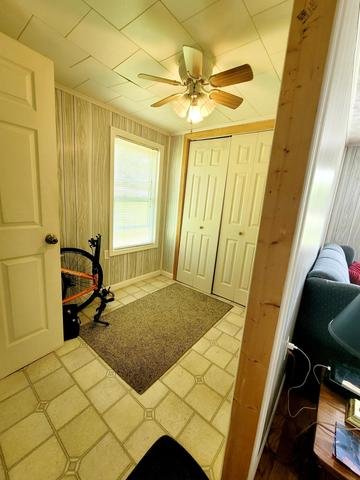 Laundry room featured at 4128 Skeetrock Rd, Clintwood, VA 24228