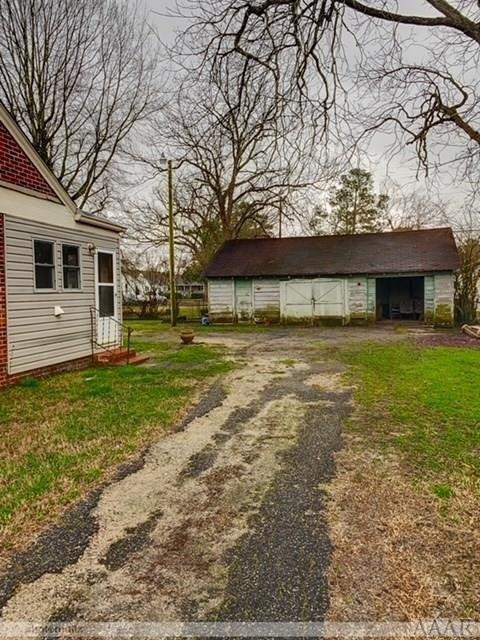 Farm land featured at 816 N Broad St, Edenton, NC 27932