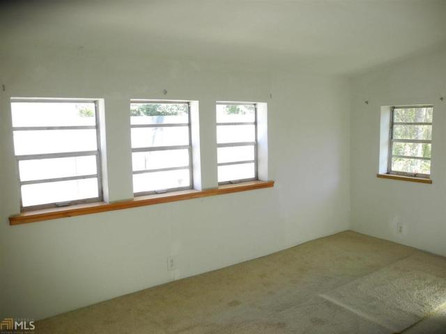 Bedroom featured at 184 Cato St, Manchester, GA 31816