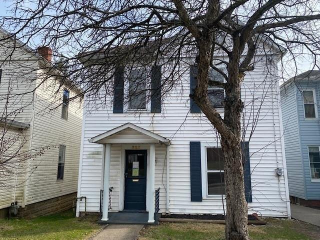 Porch yard featured at 325 Milford St, Clarksburg, WV 26301