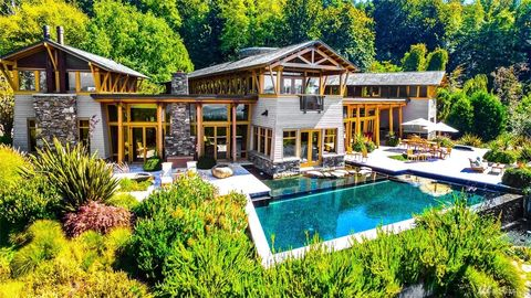 Seattle WA Houses For Sale With Swimming Pool