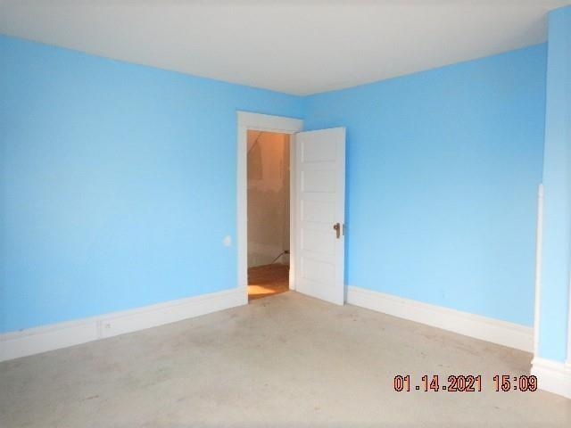 Bedroom featured at 141 Park Ave, New Castle, PA 16101
