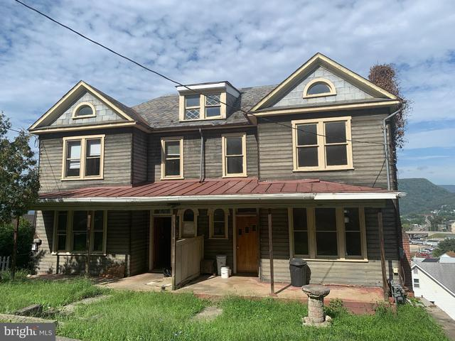 Porch featured at 8 and 10 Ridgeway Ter, Cumberland, MD 21502