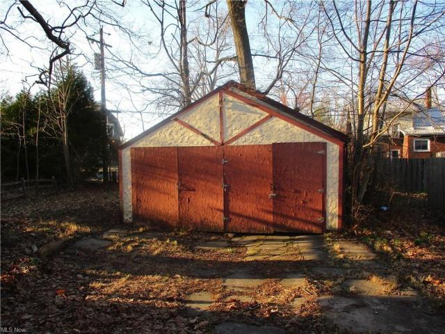 Farm land featured at 22 Pinehurst Ave, Youngstown, OH 44512