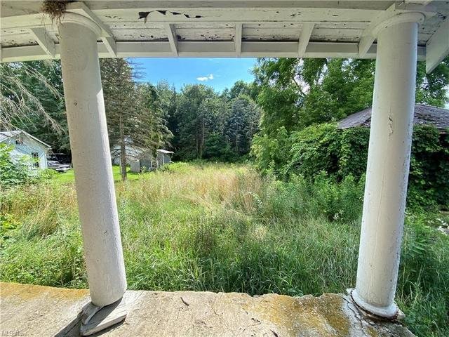 Porch featured at 189 Sandusky St, Plymouth, OH 44865
