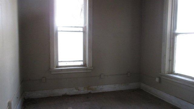 Bathroom featured at 4032 E Winthrop Rd, Attica, IN 47918