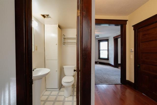 Bathroom featured at 901 W Taylor St, Bloomington, IL 61701
