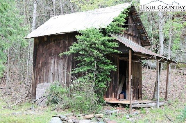Farm land featured at 5514 Elk Creek Darby Rd, Ferguson, NC 28624