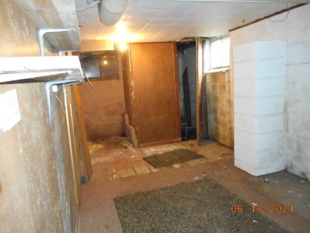 Bathroom featured at 905 Van Meter Way, West Liberty, WV 26074