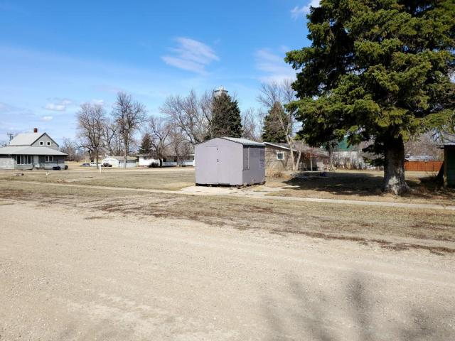 Farm land featured at 301 McKinley Ave, Goodrich, ND 58444