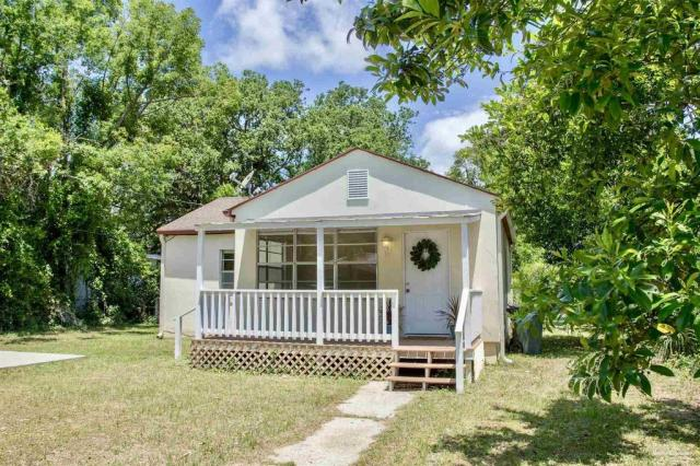 House view featured at 126 Cavalier Dr, Pensacola, FL 32507