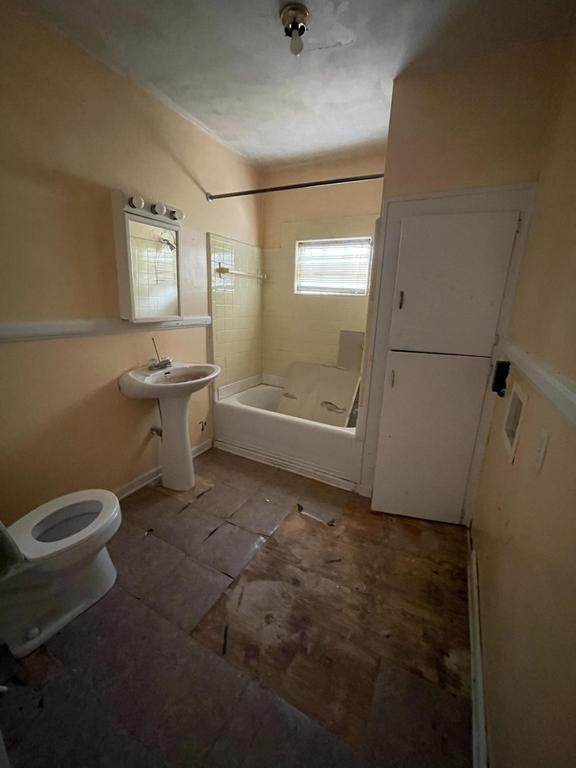 Bathroom featured at 102 N Roberson St, Robersonville, NC 27871