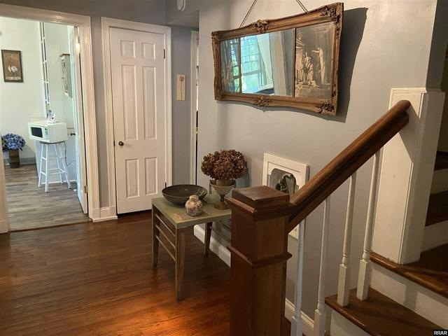 Property featured at 402 E Moulton St, Hickman, KY 42050