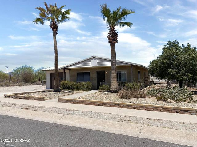 House view featured at 440 W 5th St, Ajo, AZ 85321