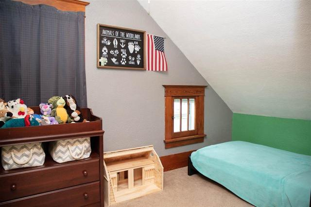 Bedroom featured at 401 SW 3rd Ave, Tripoli, IA 50676