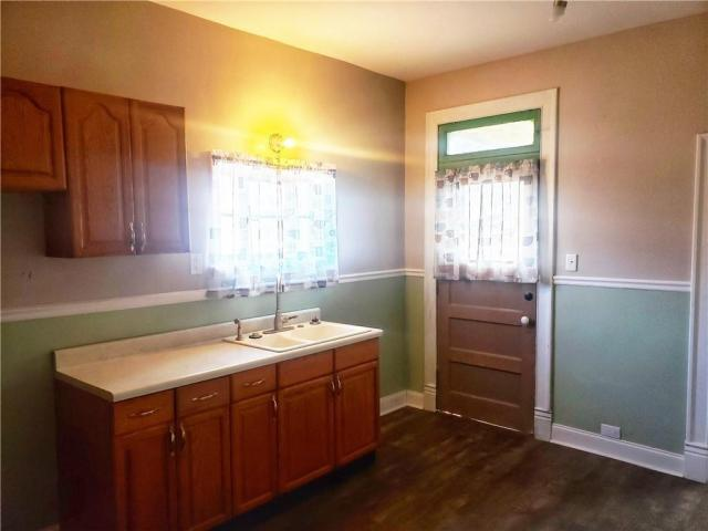 Kitchen featured at 124 N Walnut St, New Castle, PA 16101