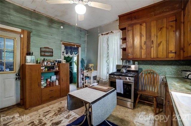 Kitchen featured at 166 Pinckney St, Chester, SC 29706
