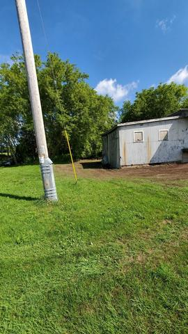 Yard featured at 3812 Elevator Rd, Cato, WI 54230