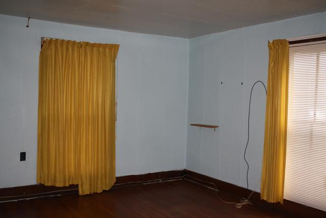 Bedroom featured at 711 Temple St, Hinton, WV 25951