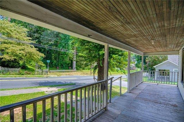 Porch featured at 1622 25th St NE, Winston Salem, NC 27105