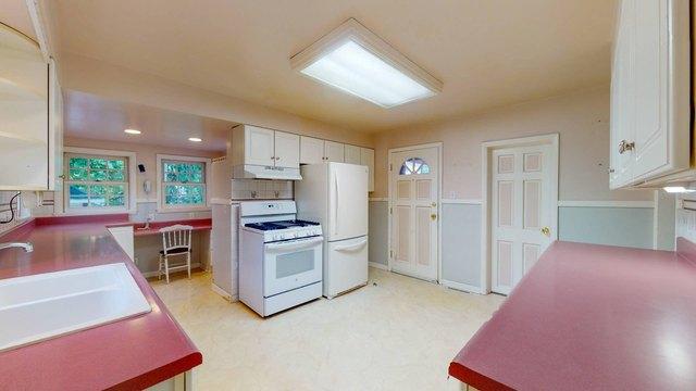 Kitchen featured at 737 Elm St, Beloit, WI 53511