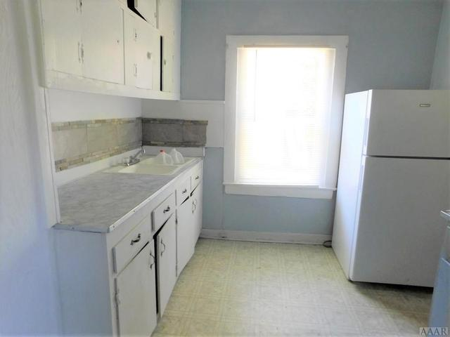 Laundry room featured at 313 Pine St, Ahoskie, NC 27910