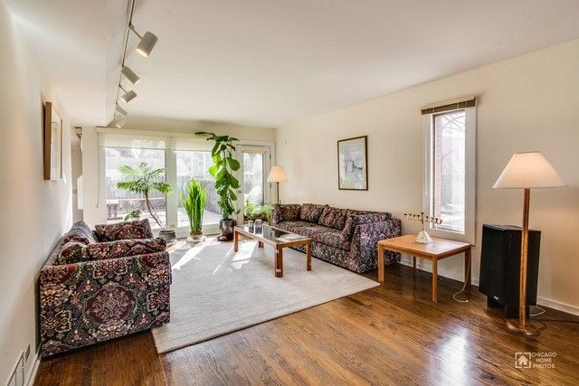 5506 S Kenwood Ave Chicago Il 60637 Realtor Com