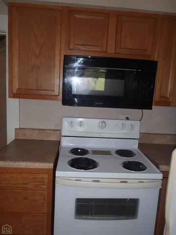 Kitchen featured at 4050 Jackson 37, Newport, AR 72112