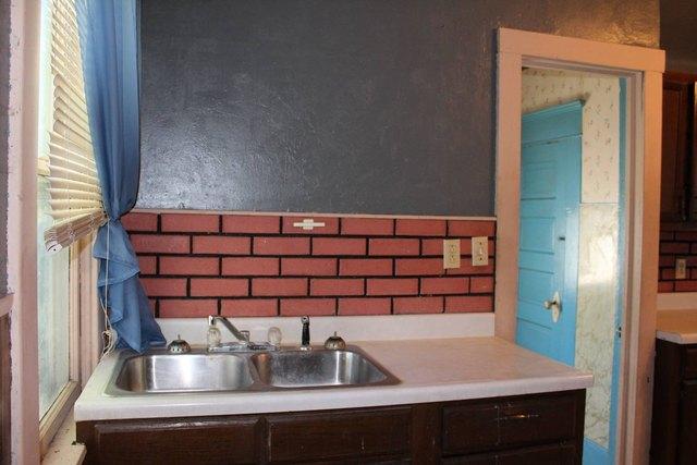 Kitchen featured at 204 E 5th St, Concordia, KS 66901