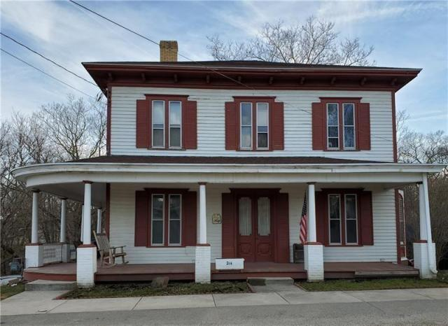 Porch featured at 214 Lincoln St, Parker, PA 16049