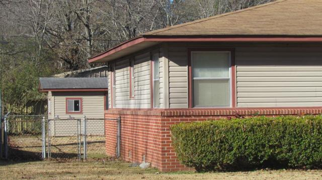 House view featured at 904 S Tennessee St, Crossett, AR 71635