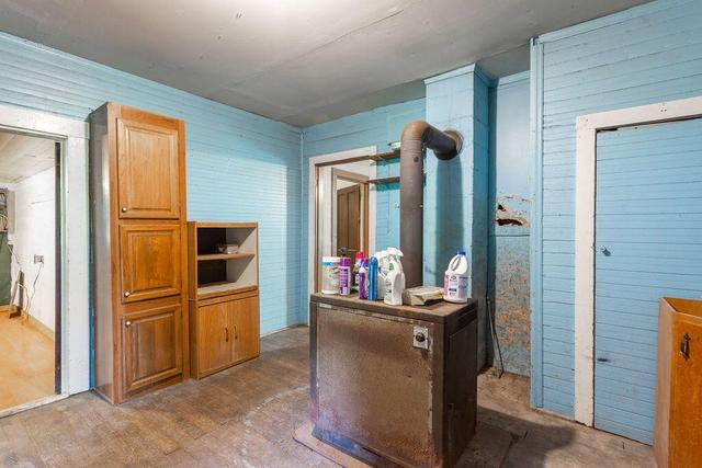 Kitchen featured at 2815 Temperance Hall Rd, Rock Spring, GA 30739