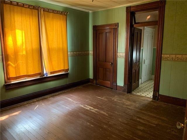 Property featured at 1808 Dewey Ave, Saint Joseph, MO 64505