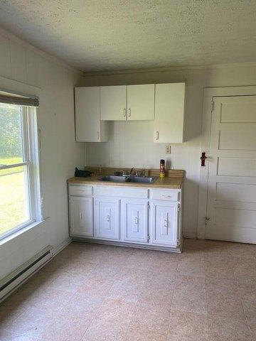 Laundry room featured at 112 Buffalo Creek Rd, Red Oak, VA 23964