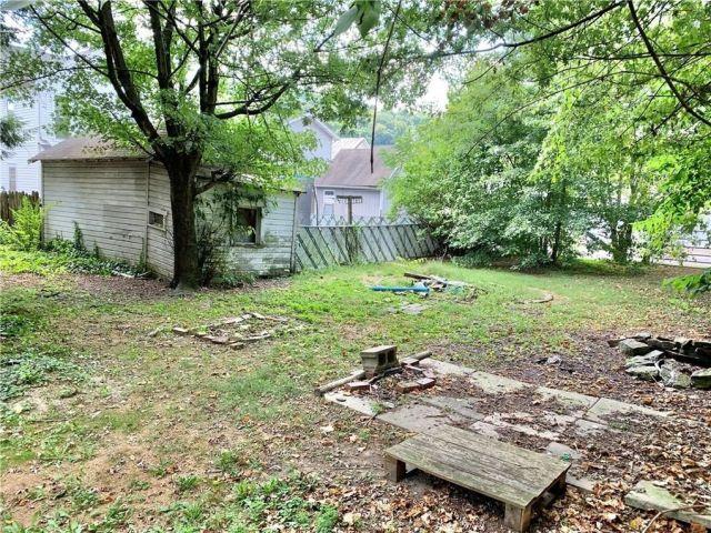 277 S Washington St, Waynsbrg Frankln Township, PA 15370