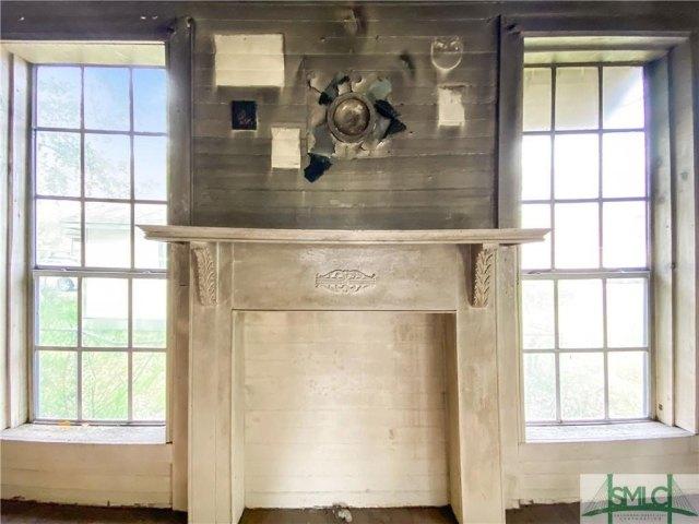 Kitchen featured at 103 W 54th St, Savannah, GA 31405