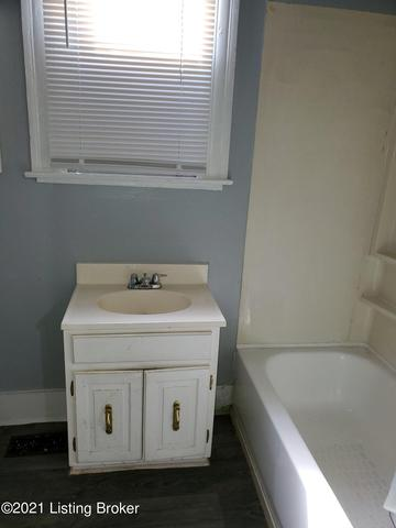Bathroom featured at 2921 Dumesnil St, Louisville, KY 40211