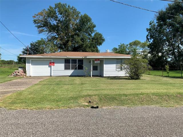 House view featured at 1148 Maple Ave, Port Arthur, TX 77640