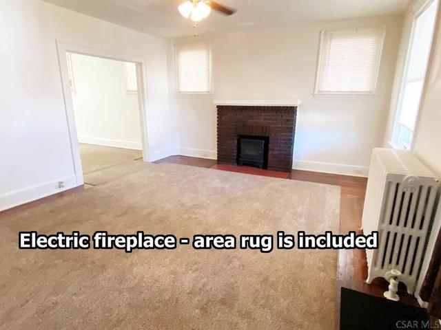 Living room featured at 408 Vickroy Ave, Johnstown, PA 15905