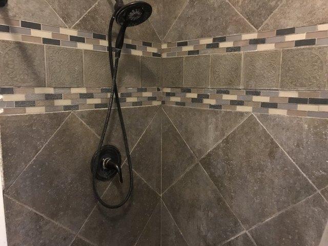 Bathroom featured at 309 Churchill St, Rockford, IL 61103