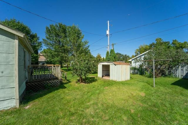 Yard featured at 206 E Main St, Weyauwega, WI 54983